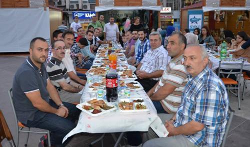 RİDER'den Kent Meydanında iftar