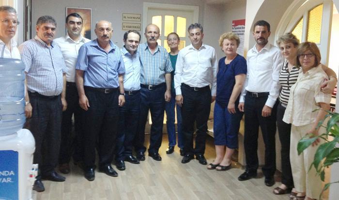 Erzurumlular'dan CHP ve MHP'ye ziyaret