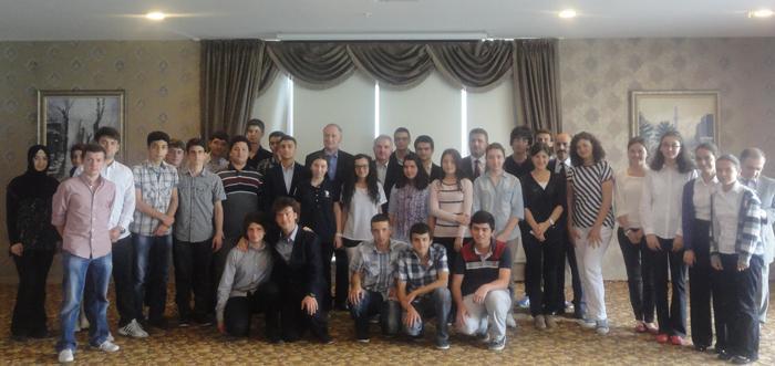 Fen Lisesi öğrencileri SAÜ Rektörüyle buluştu