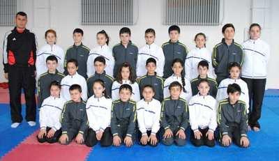 Hendekli Karateciler İzmir yolcusu