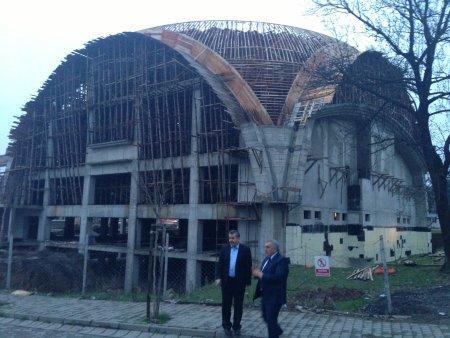 Dişli, cami ve MYO inşaatını gezdi