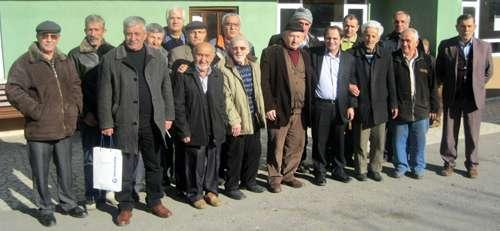 CHP Arifiye Örgütü köyleri ziyaret ediyor