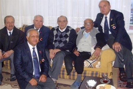 Kıbrıs Gazisine ziyaret