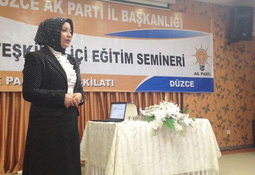 Atabek, Düzce'de seminer verdi