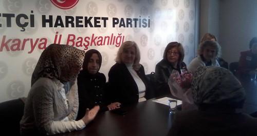 CHP Kadın Kollarından MHP'ye ziyaret