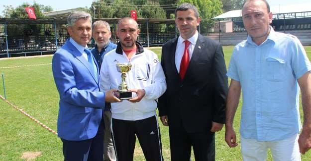 19 Mayıs Futbol Turnuvasında ödüller sahiplerini buldu