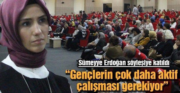 Sümeyye Erdoğan söyleşiye katıldı