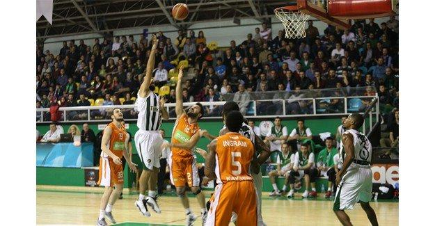 Büyükşehir Basket evinde galip