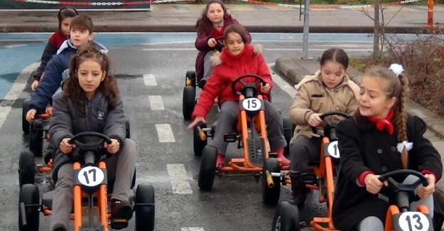 Trafik eğitimi aldılar