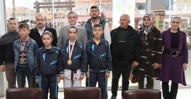 Akyazı'da Spor, Sanat, Sosyal, Kültür, Bilim Şenlikleri başlıyor