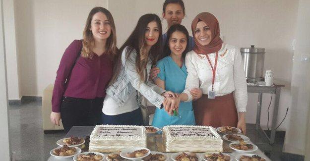 İlçe hastanelerinde Hemşireler Günü kutlandı