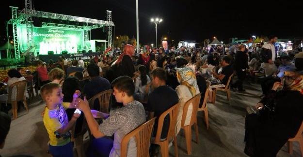 Ramazan'ın son konseri Hor Stambol'dan