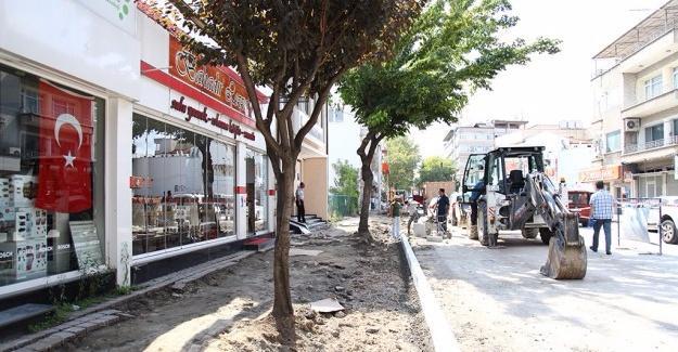 Ankara Caddesi'nde dönüşüm sürüyor