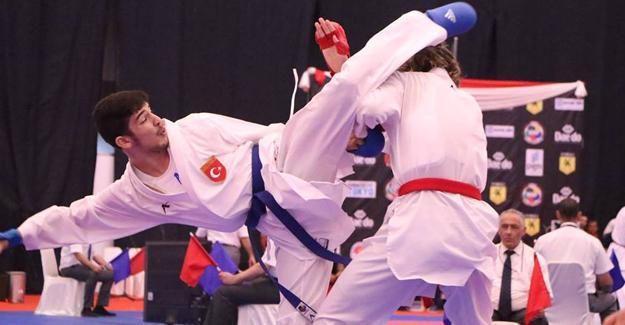 Büyükşehirli karateciler Milli Takımda