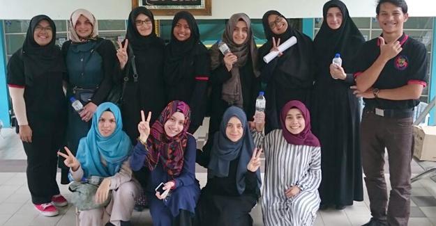 SAÜ İlahiyat Fakültesi öğrencileri Malezya'da