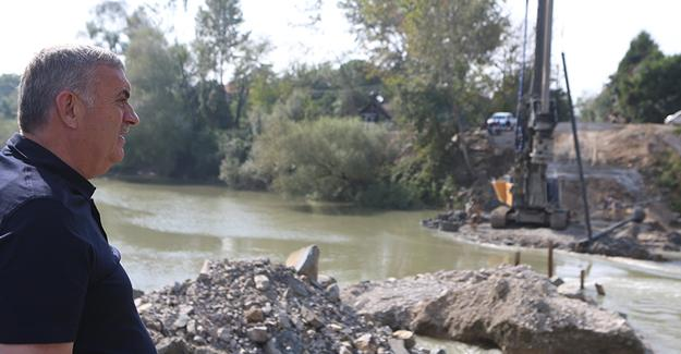 Karasu'da ulaşıma köprü kolaylığı