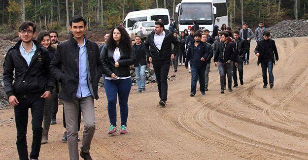 Mühendis adayları Akçay Barajı'nı gezdi