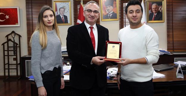 Başkan Yılmazer'e, Öğrenci Turizm Topluluğundan ziyaret