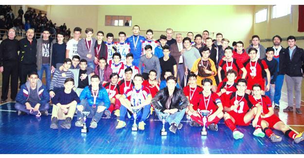 Gençler Futsal'da işlem tamam