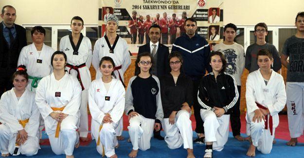 Gençlikspor Taekwondo takımından sıkı çalışma
