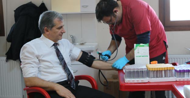 """""""Sağlığınız için düzenli kan verin"""""""