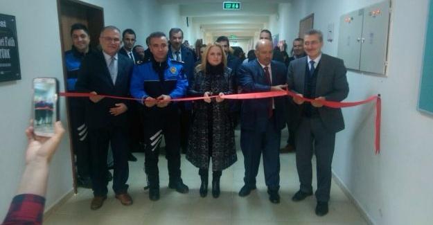 Şehit Kaymakam Safitürk için yapılan kütüphane açıldı