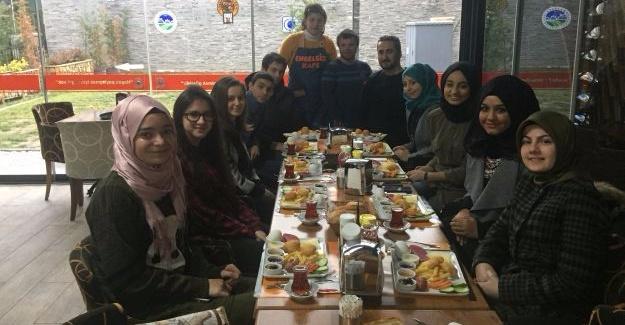 Tes-İş Anadolu Engelsiz Kafe'de buluştu