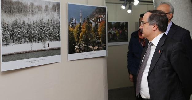 Vali Coş fotoğraf yarışması sergisini gezdi