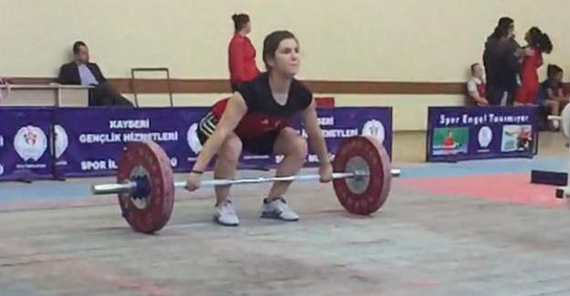Emine Ayyıldız Türkiye Şampiyonu oldu