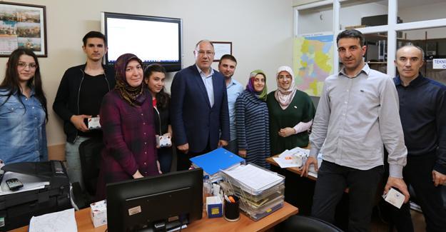 Başkan Vekili Aydın personelin kandilini kutladı