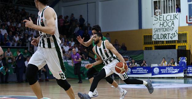 Büyükşehir Basket Bursa'ya şans tanımadı