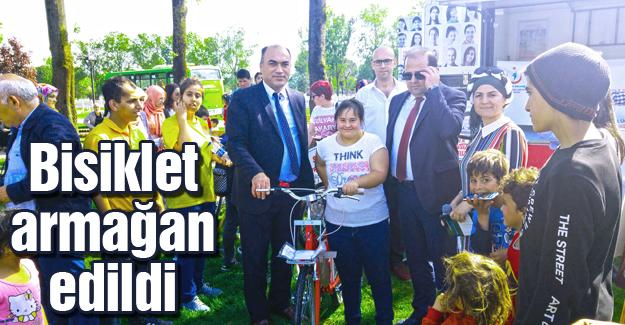 Çölyaklılar Kent Park'ta yürüdü