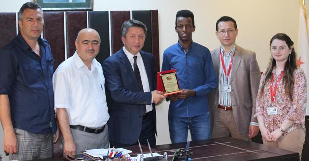 Yenikent'ten Somalili stajyere teşekkür