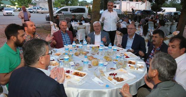 Halk iftarı Karadere'de yapıldı