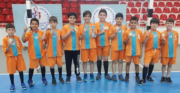 Hentbolcular Türkiye şampiyonu oldu