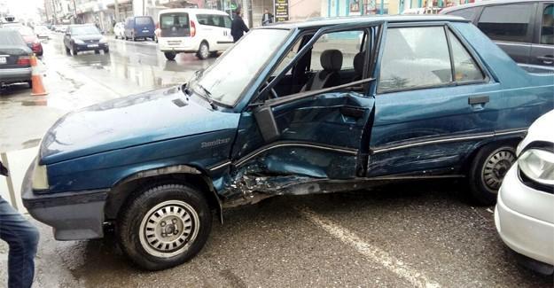 Kontrolsüz 'U' dönüşü kazaya neden oldu