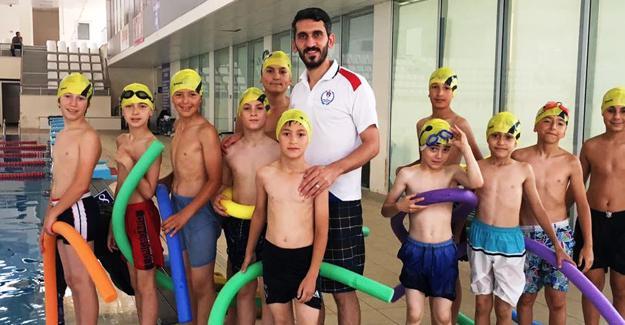 Köyümüz çocukları yüzüyor