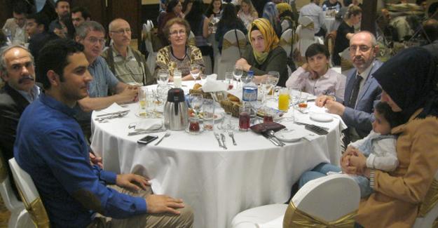 Milliyetçi hekimler iftar yemeğinde