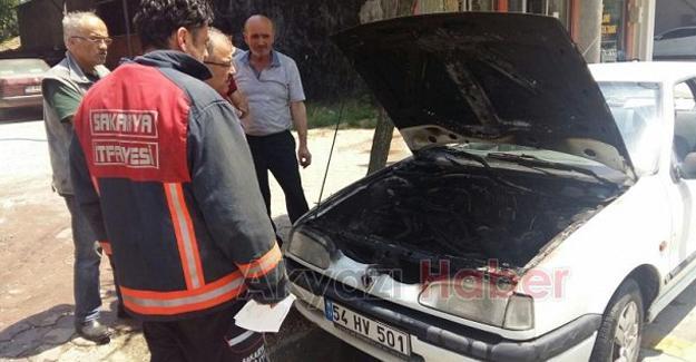 Otomobil yangınını vatandaşlar söndürdü
