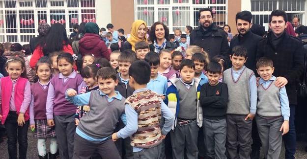 AK Gençlik'ten öğretmenler günü ziyareti