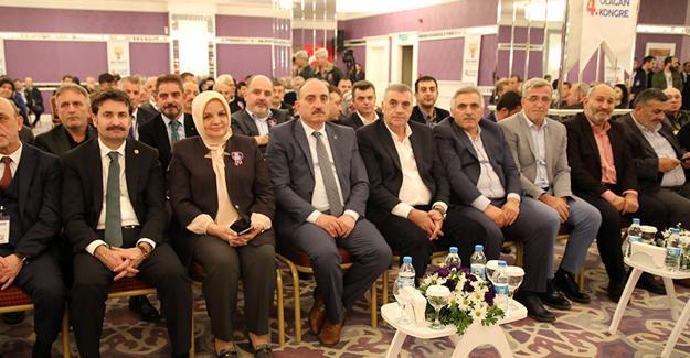 """""""AK Parti hizmetleriyle geleceğe yürüyor"""""""