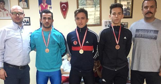 Halterde Cumhuriyet Kupası tamamlandı