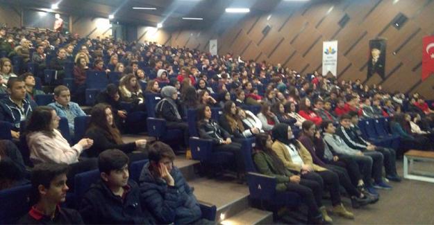 MEB-DER 4 bin kişiye seminer verdi