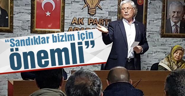 AK Parti Adapazarı Mahalle Başkanları toplandı