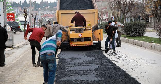 Altyapının hemen ardından asfalt