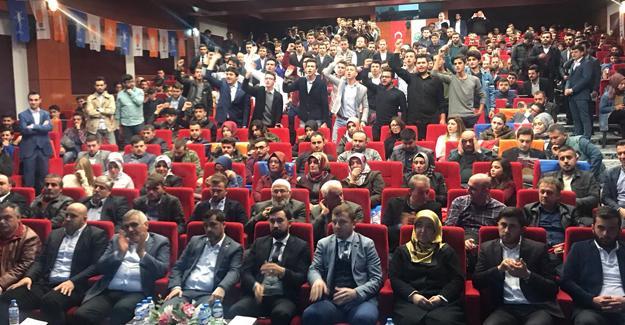 Hendek'te Ak gençlerden coşkulu kongre