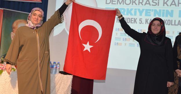 Hendek'te yeni Kadın Kolları Başkanı Bedia Yılkın