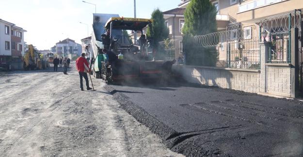 Serdivan'da cadde ve sokaklar yenileniyor