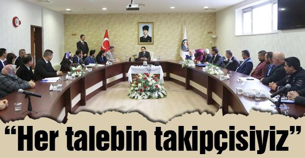 """Vali Balkanlıoğlu """"Halk Gününde"""" vatandaşlarla buluştu"""