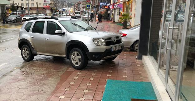 Böyle de park edilmez ki!